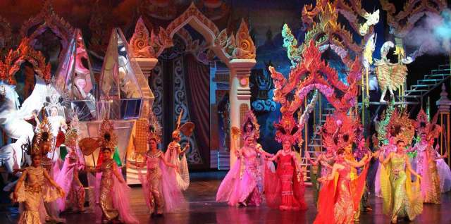 tiffanys cabaret show