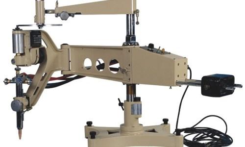 มีแฟนเพจของ thairobotics ท่านหนึ่งได้มาพูดคุยด้วย และบอกว่าบริษัท Yushi Robotics ที่ตนเองทำงานอยู่จะเปิดตัวหุ่นยนต์ครั้งแรกในงาน Manufacturing Expo 2014 ซึ่งจัดที่ BITEC วันที่ 19 – 22 มิถุนายน ผมจึงได้แวะเวียนไปเยี่ยมชม และได้พูดคุยกับคุณพิษณุ วรรณพงศ์เจริญ ตำแหน่ง Project Manager เลยนำมาเล่าให้ฟังครับ