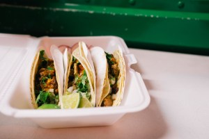 tacos-morelos-brooklyn-williamsburg-cheap-mexican-24-hour-food-truck-4