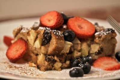 That Shiksa Can Bake – Baked Apple French Toast