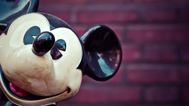 micky-mouse-1286472_640