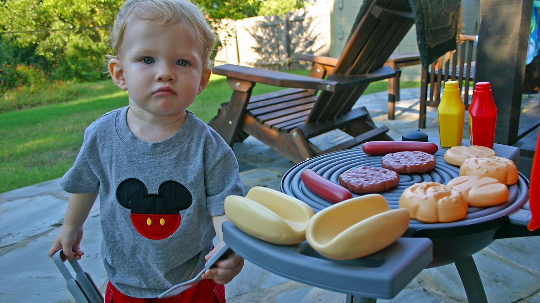Win a Little Tikes Sizzle n Serve Grill for Summer Fun!