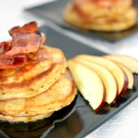 Bacon-Apple Pancakes