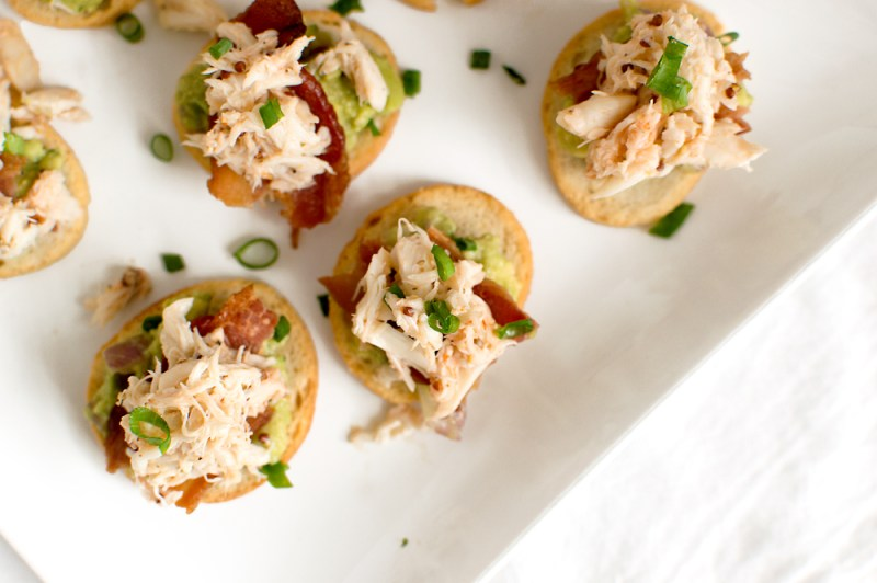 Crab, Bacon, & Guacamole Crostinis | That Square Plate