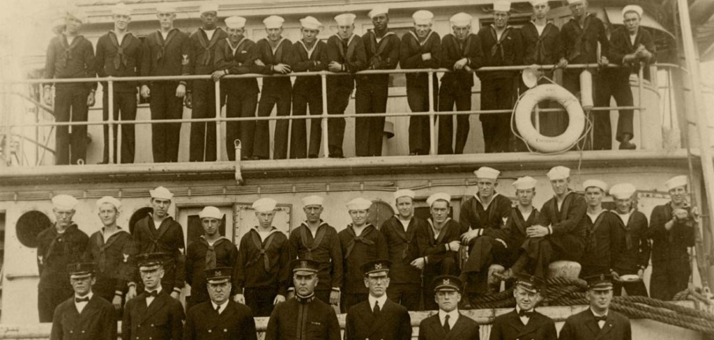 USS Conestoga officers and crew. US Navy photo