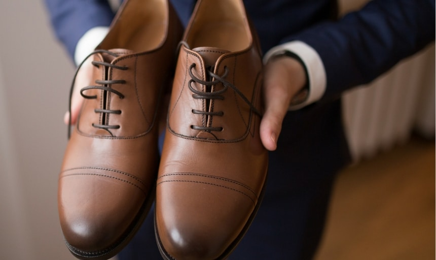 How To Match A Blue Suit With Brown Shoes In Style