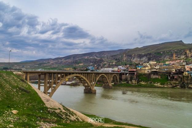The bridge that takes you into Hasankeyf