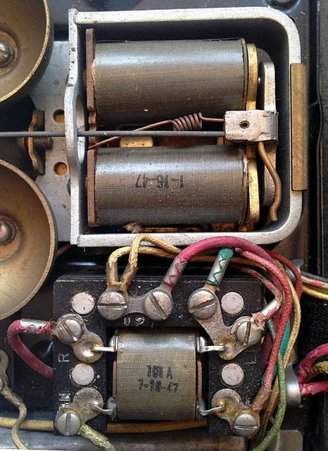 How to Rewire a Vintage Phone so it works Today! The Art of Doing
