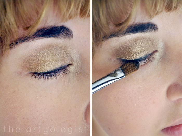 applying-eyeliner, How to Create a Modern 1920's Makeup Look, the artyologist