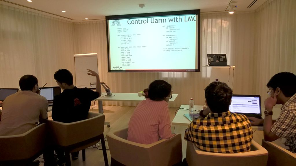 Workshop – Learn Gesture Control – Oct 31, 2015