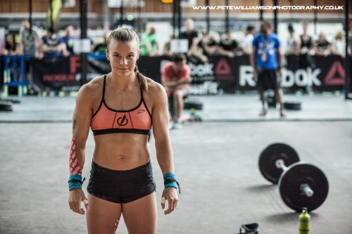 Girl Sprint Car Wallpaper Athletic Crossfit Body The Athletic Build