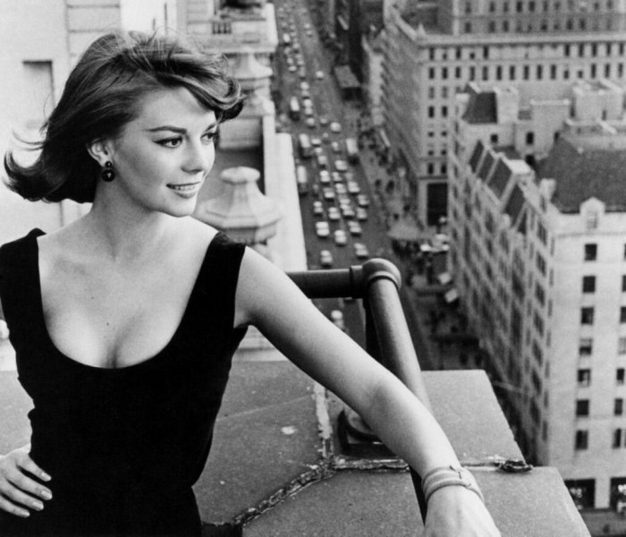 Natalie-Wood-New-York-1961-700x600