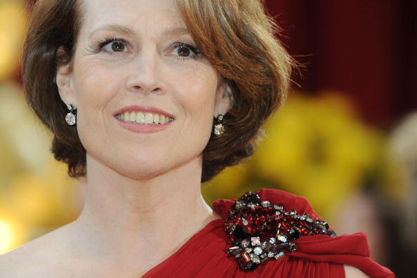 HOLLYWOOD - MARCH 07: Actress Sigourney Weaver arrives at the 82nd Annual Academy Awards held at Kodak Theatre on March 7, 2010 in Hollywood, California. (Photo by Frazer Harrison/Getty Images)