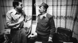 Yasser Arafat et Charles Saint-Prot à Tripoli en 1983.
