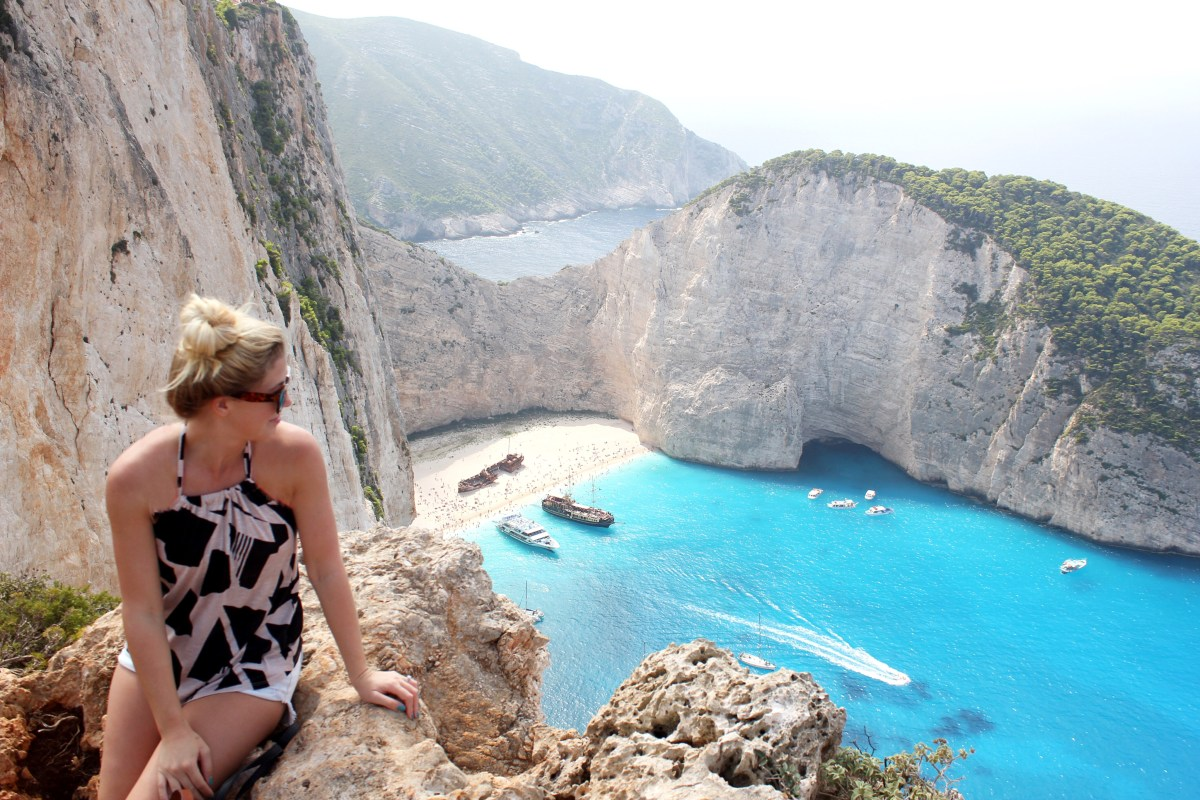 GREECE EXPLORING IN #VACAYSTYLE