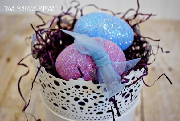 DIY Glitter Eggs at www.thebensonstreet.com 5