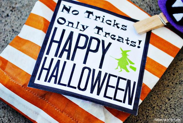 Easy Halloween Treat Bags plus printable at thebensonstreet.com