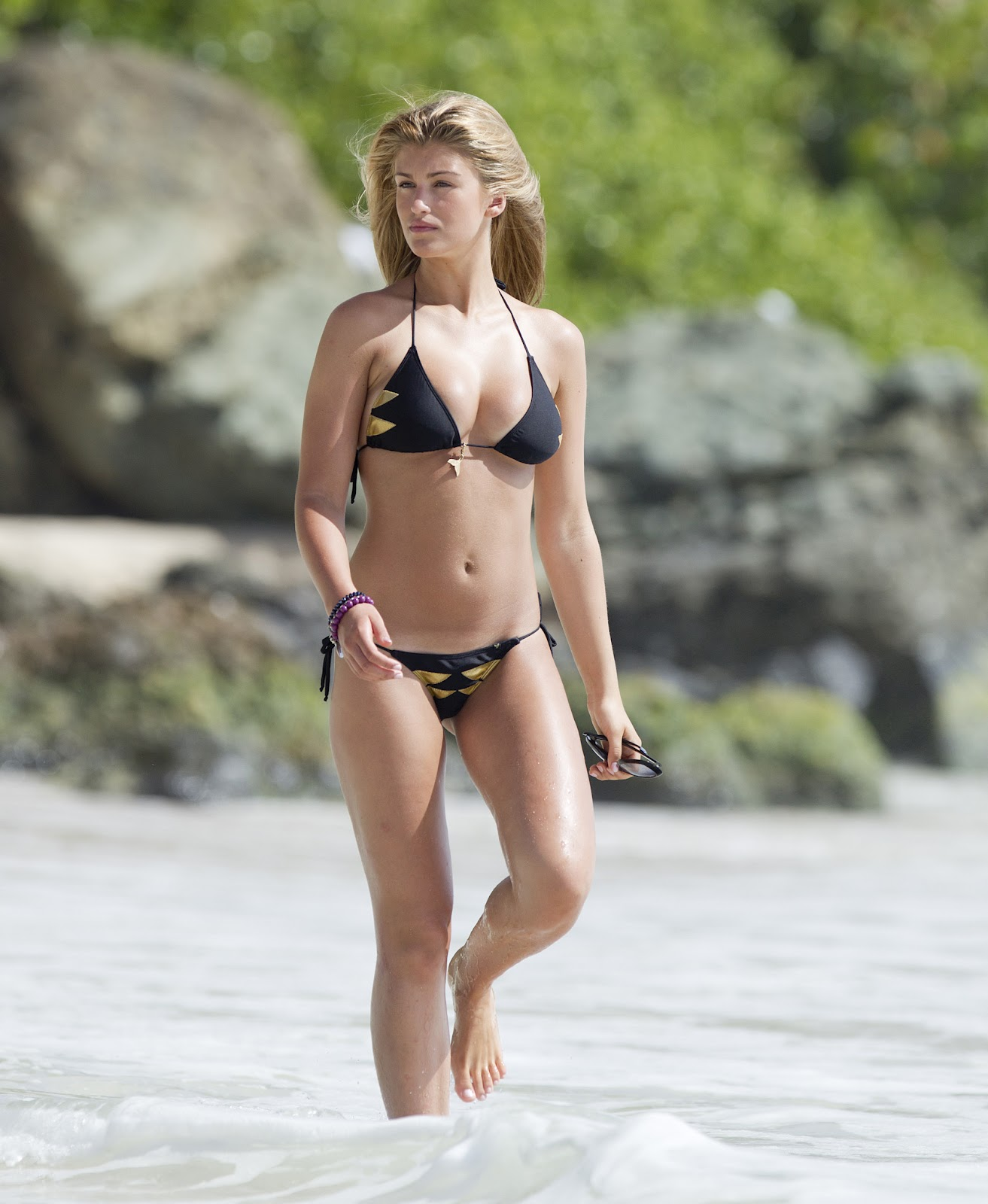 Willerton Amy Candid Bikini shots-The Perfect Bikni Body