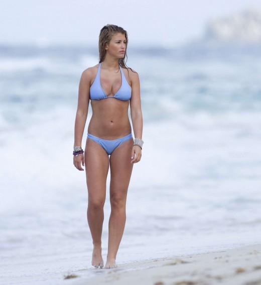 Willerton Amy Candid Bikini shots-Perfect bikini