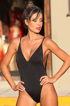 Black-Super-Slimming-Swimsuit