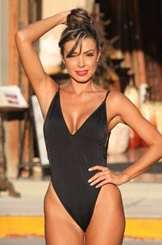 Shaping-One-Piece-Slimming-Swimsuit