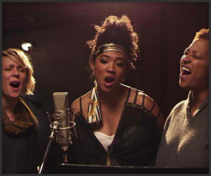 "Backup Singers Get the Spotlight in Awesome Doc ""Twenty Feet from Stardom"" (Trailer)"