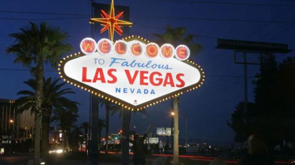UFOs swarming over Las Vegas? Video is for the birds