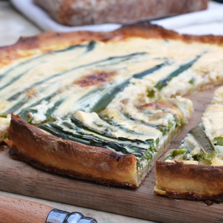 Quiche-Aspèrges-Aspargus-felipe-terrazzan-the-blind-taste-food-blog-gourmand-cuisine-culinary-recette-recipe-guide-restaurant-paris-new-york-sao-paulo-fooding-receitas-gastronomia-cozinha-delicious-easy-tasty-facile-facil-rapido-quick