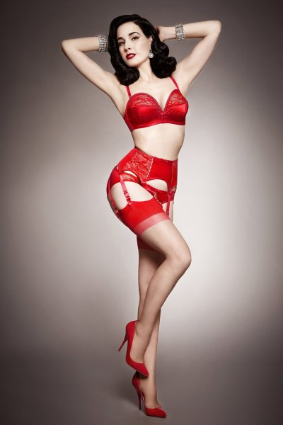 rsz_dita_von_teese_lingerie_her_sexellency_red_high_res