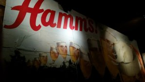 blind-lady-hamms-sign