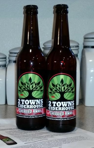 2 Towns Ciderhouse Cherried Away