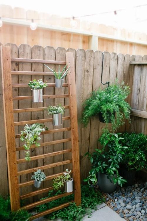 Classy Decks Vertical Plant Structure Diy Backyard Ideas Diy Ideas Porches Decks Budget Diy Backyard Patio Furniture Diy Outdoor Patios Porches