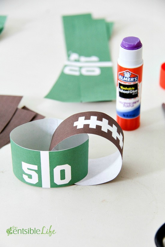 Glue Game Day Paper Chains