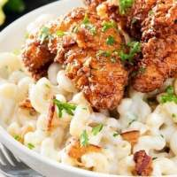 4 Cheese Mac and Cheese with Honey Pepper Chicken