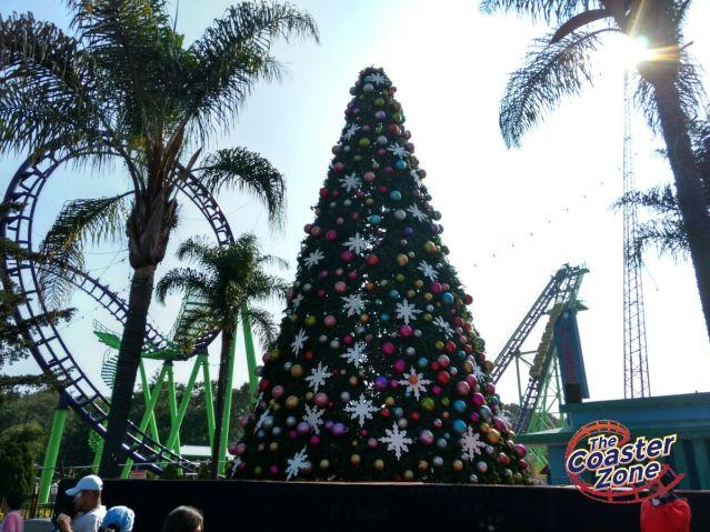 El Árbol de Navidad ya casi está listo.
