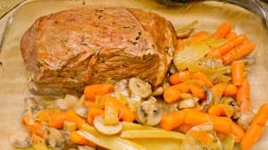 making Trim Healthy Mama pot roast