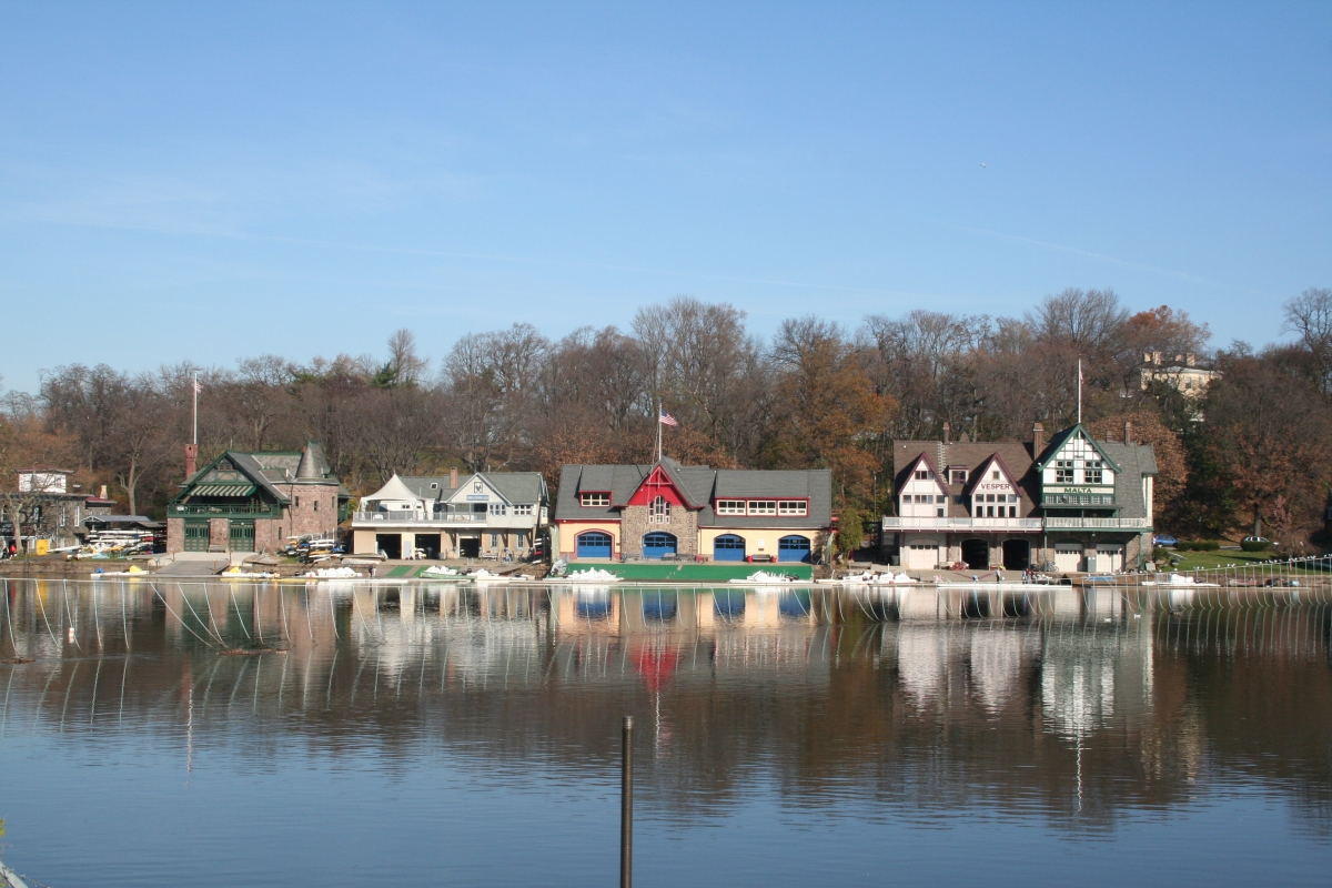 Philadelphia In The Fall Wallpaper Boathouse Row The Constitutional Walking Tour Of