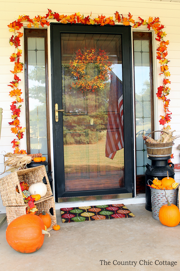 outdoor fall decorations with farmhouse style the country chic fall outdoor decorations - Country Outdoor Decor