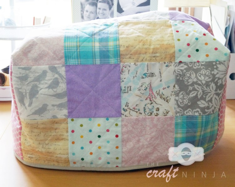 Sewing machine cover, front