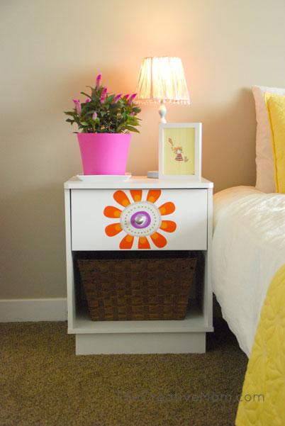 Girl nightstand the creative mom for Little girls nightstand