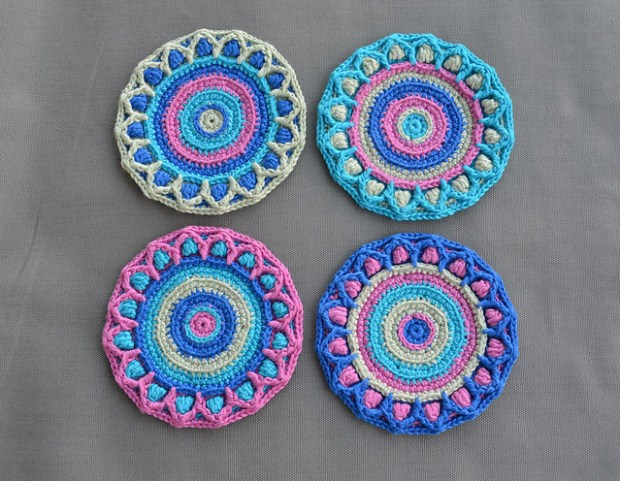 lillabjorncrochet's Summer Coaster with Petals