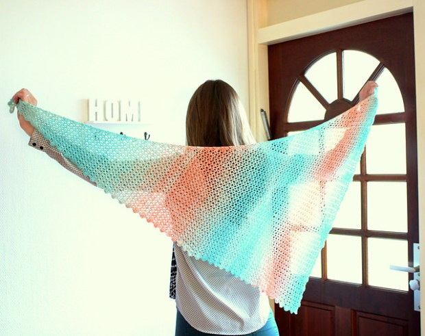 Sideways Sugar Shawl by A la Sascha