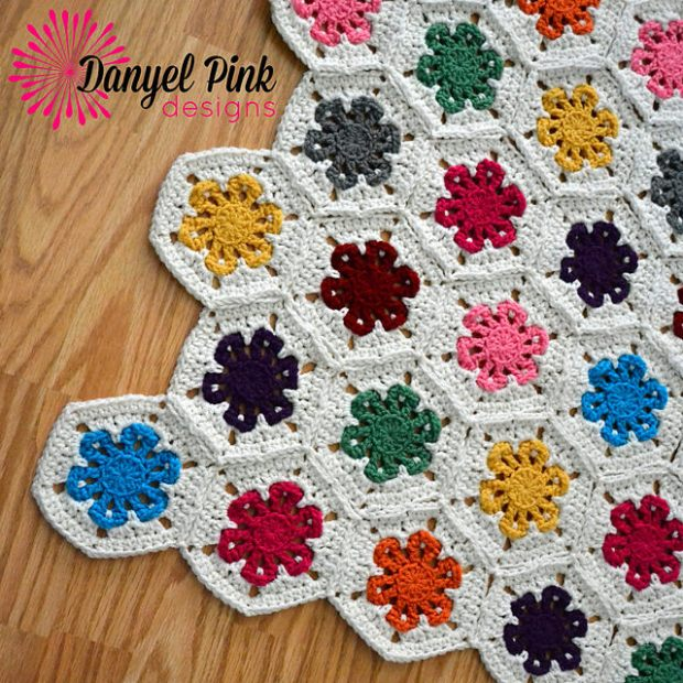 Lazy Daisy Garden by Danyel Pink Designs