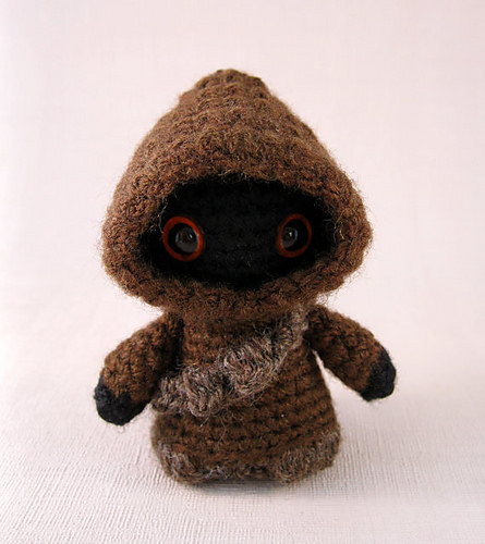 Jawa Star Wars Mini Amigurumi by Lucy Collin