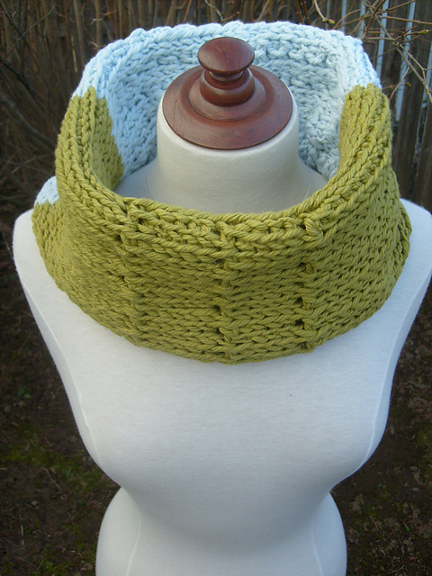 Summer Cowl by ACCROchet -Julie Desjardins