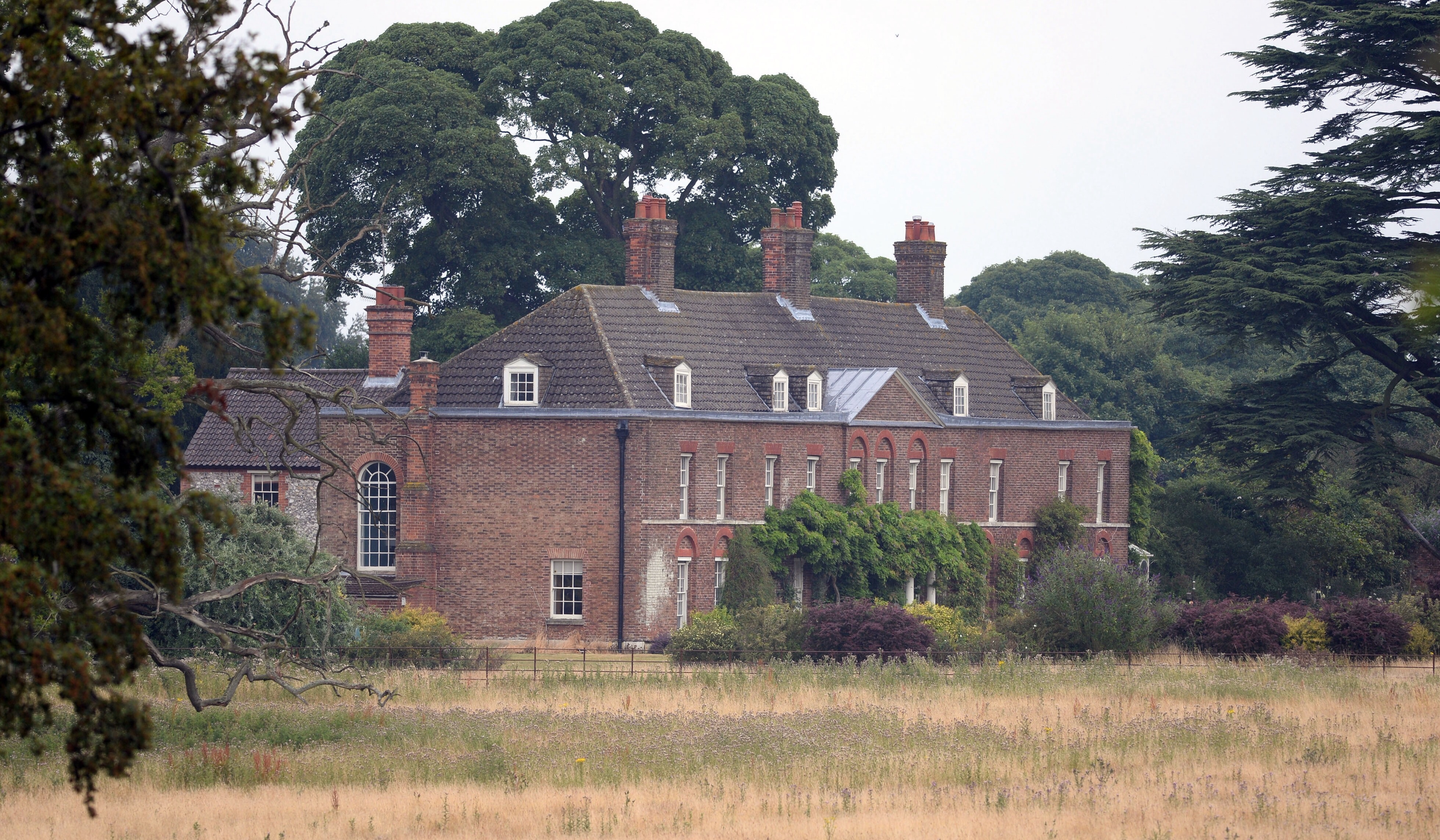 No Fly Zone Enforced For Privacy At Anmer Hall The Crown