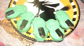 Halloween Witchy Fingers