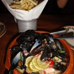 Luna Park Mussels and Fries