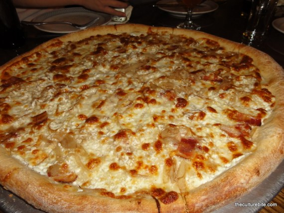 Pi Bar Cheese Onion Pizza