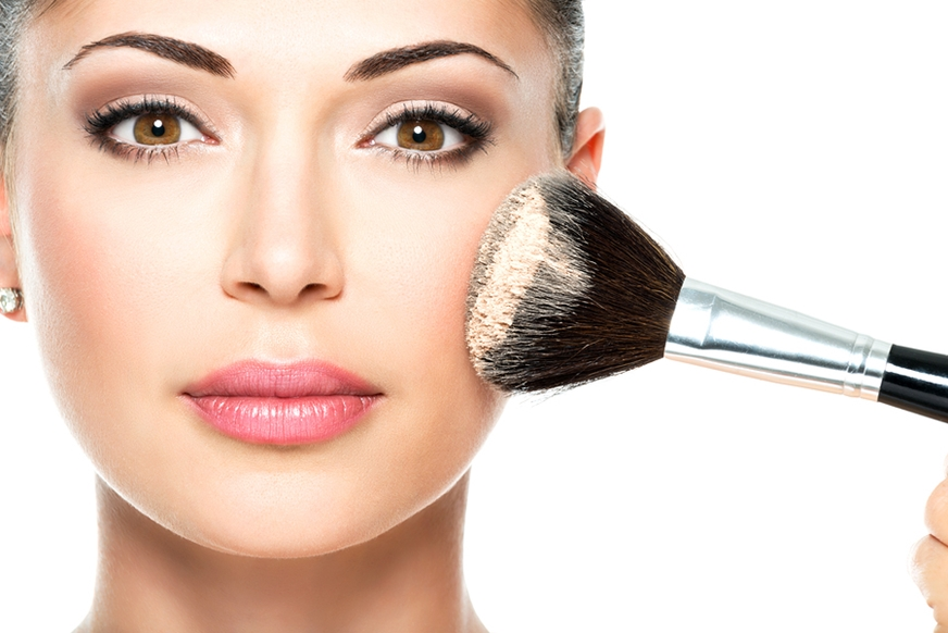 50 Make-up tips and tricks every woman should know!